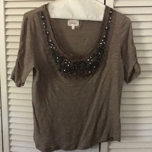 Anthropologie beaded t shirt size Small